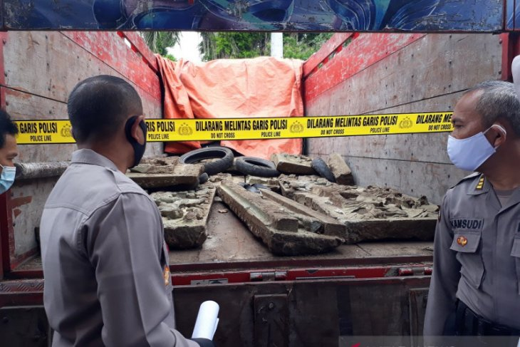 Polisi bongkar sindikat pencurian relief di Makam Tionghoa Kediri