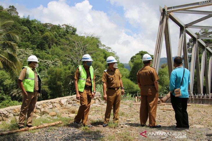 Bupati HSS pesankan Jembatan Loksado dijaga, jadi akses bawa hasil usaha masyarakat