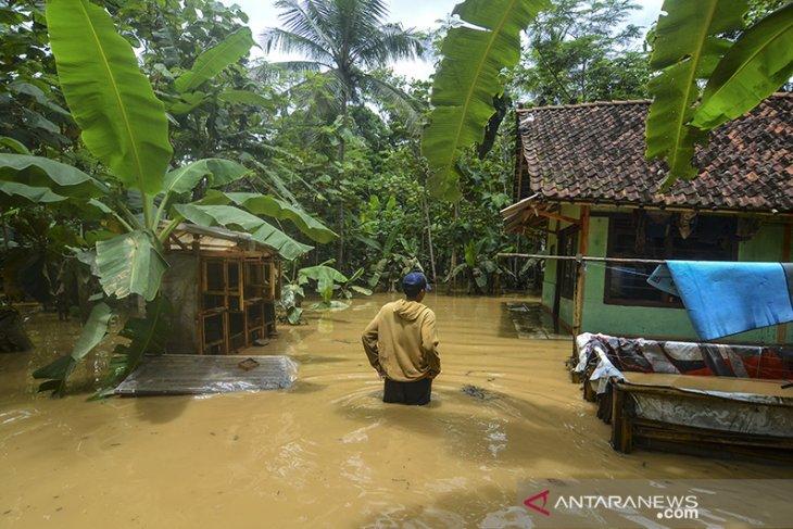Banjir luapan sungai di Ciamis