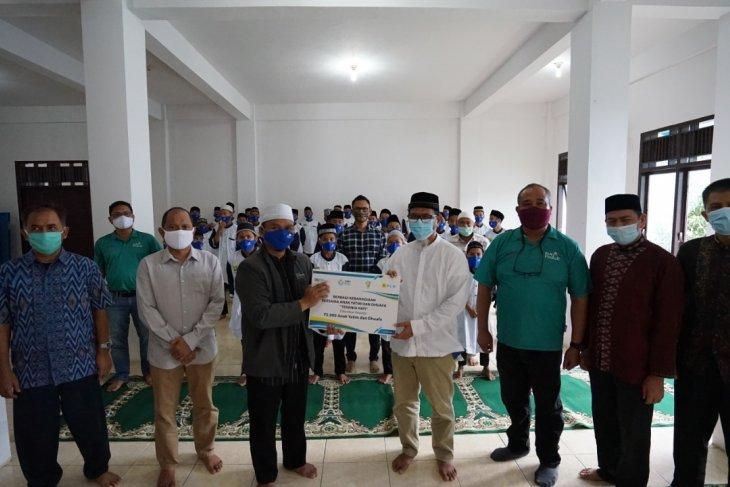 Berbagi kebahagiaan, PLN salurkan bantuan untuk 75.000 anak yatim dan dhuafa, Aceh 1.800 penerima