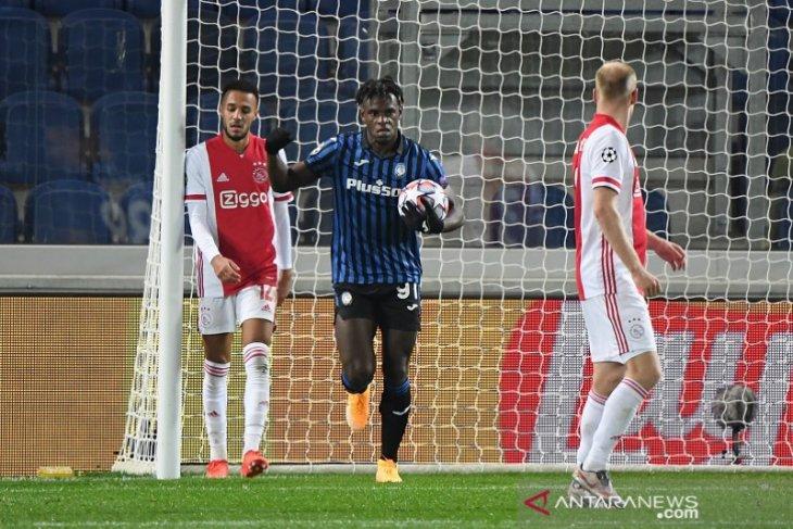Liga Champions, Dwigol Duvan Zapata selamatkan Atalanta dari kekalahan kontra Ajax