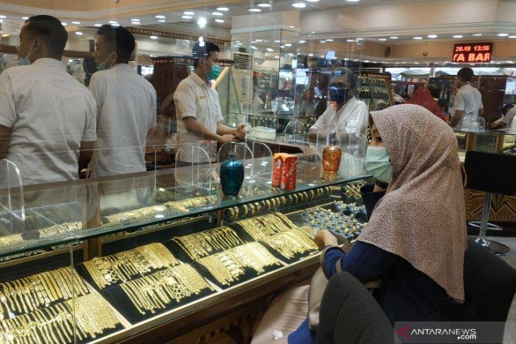 Harga emas anjlok 32,7 dolar, saat