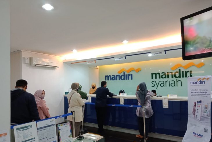Sharia financial industry to benefit from Job Creation Law: expert