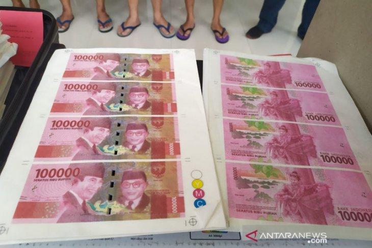 Polisi ungkap pelaku pemalsuan uang senilai Rp800 juta