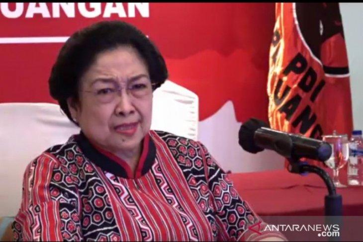 Megawati kesal dirinya dituduh PKI