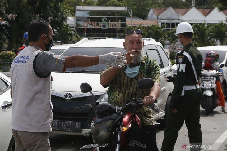Pemerintah perketat pelaksanaan protokol kesehata WNA masuk Indonesia