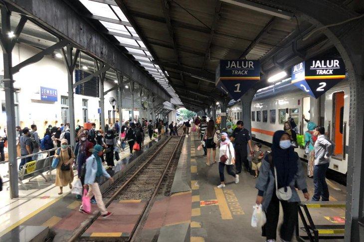 Okupansi penumpang KA di Daop Jember meningkat saat libur panjang