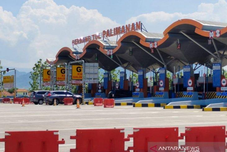 Arus lalu lintas jalan Tol Cipali meningkat selama libur panjang Maulid Nabi