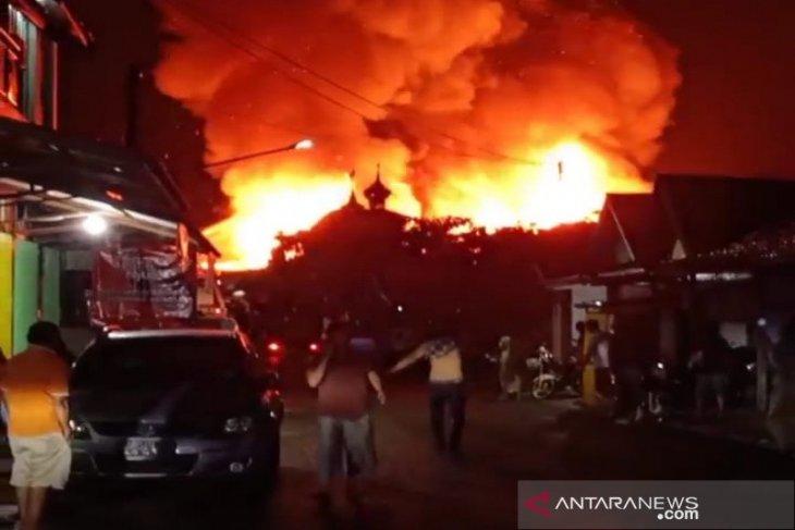 Kotabaru Police brings in forensic team to investigate fire