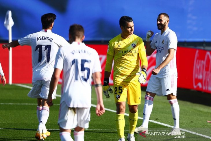 Liga Spanyol: Real Madrid puncaki klasemen usai hajar Huesca 4-1