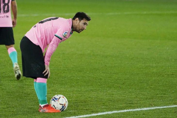 Lionel Messi  kesal selalu dituding biang masalah di Barca