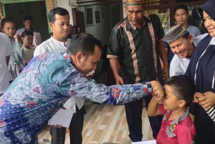 Pengusaha muda asal Abdya santuni ratusan anak yatim