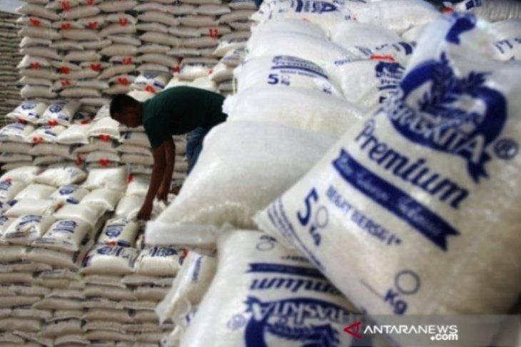 Ka Bulog Maluku Bangun gudang beras di satu daerah harus sesuai kriteria
