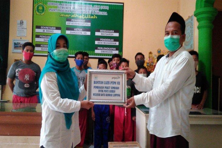 Lazis PTPN VII Membagikan 980 Paket Sembako