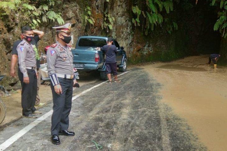 Sempat macet, arus lalu lintas di batu lubang Sibolga sudah normal