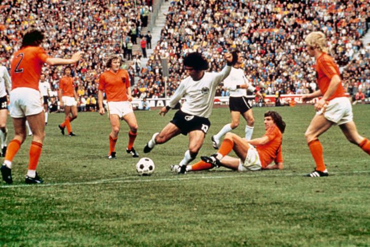 Legenda sepak bola  Jerman, Gerd Muller wafat