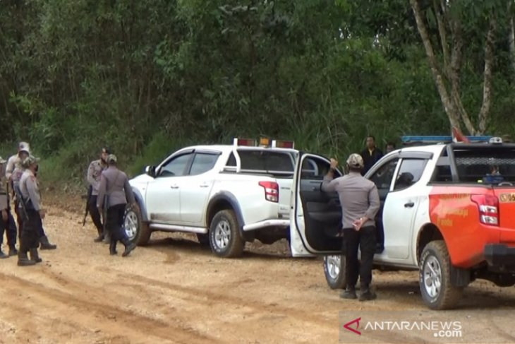 Video-Tanggapi permintaan DPRD HSS, Satgas PT AGM patroli dan razia peti rutin