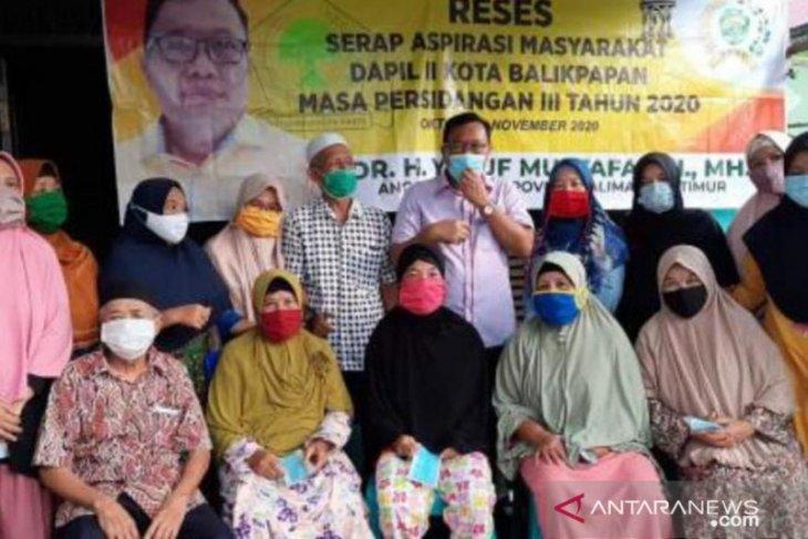 Serap aspirasi di Balikpapan, Anggota Dewan bantu sembako dan masker