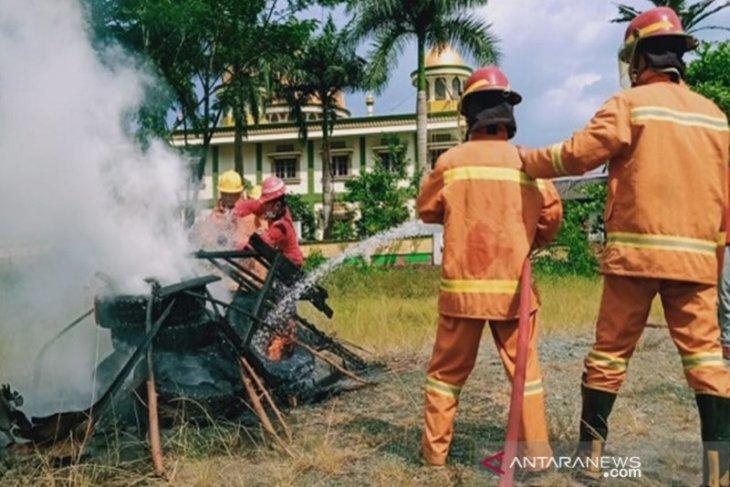 Indocement latih masyarakat antisipasi kebakaran lahan