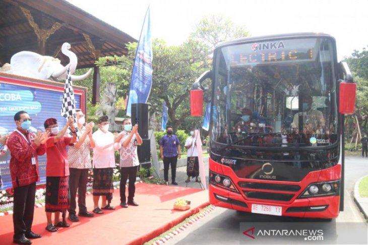 Gubernur Bali luncurkan uji coba angkutan shuttle bus listrik KSPN
