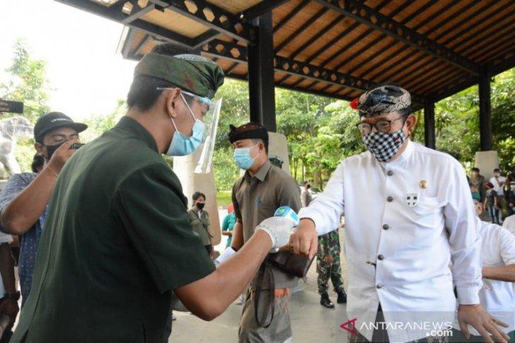 Monkey Forest dibuka, Wagub Bali ingatkan pentingnya protokol kesehatan di objek wisata