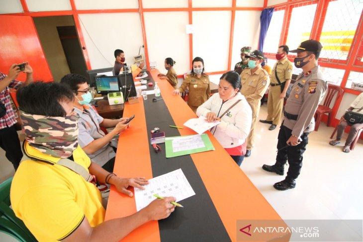 Kemensos salurkan BST tahap tujuh di Kabupaten Landak