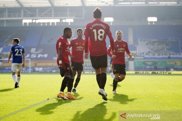 Liga Inggris: Manchester United bangkit saat bekuk tuan rumah Everton 3-1