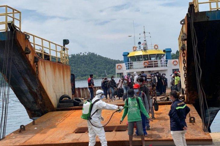 155 ABK dan dua jenazah  terjebak di luar negeri tiba di tanah air