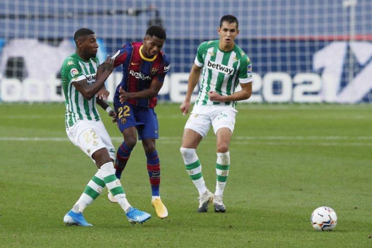 Barcelona menang 5-2, Ansu Fati absen dua bulan karena cedera
