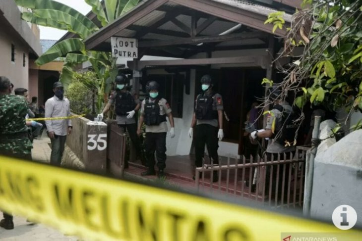 Densus 88 arrests four suspected terrorists in Lampung