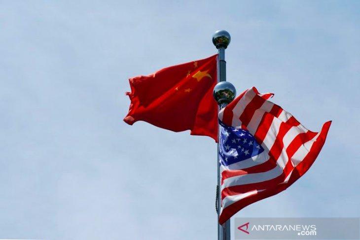 ASEAN  harus solid di antara rivalitas AS dan China