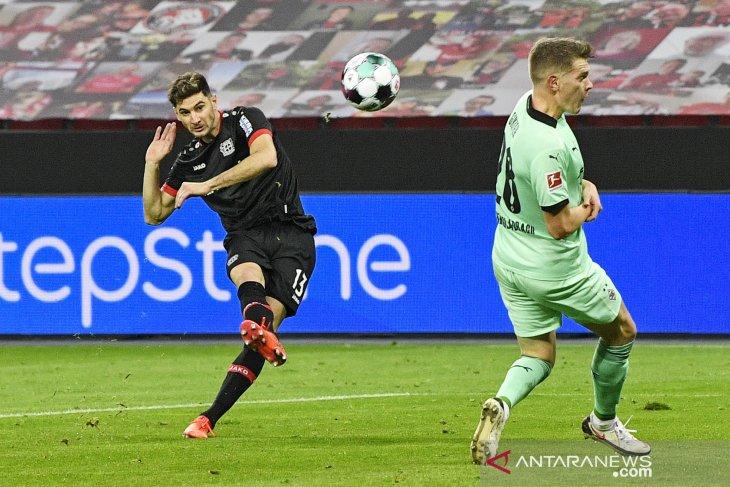 Liga Jerman - Alario cetak dua gol saat bantu Leverkusen tundukkan Gladbach