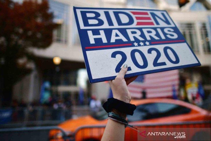 Presiden terpilih Amerika Serikat Joe Biden  mengumumkan satgas COVID-19