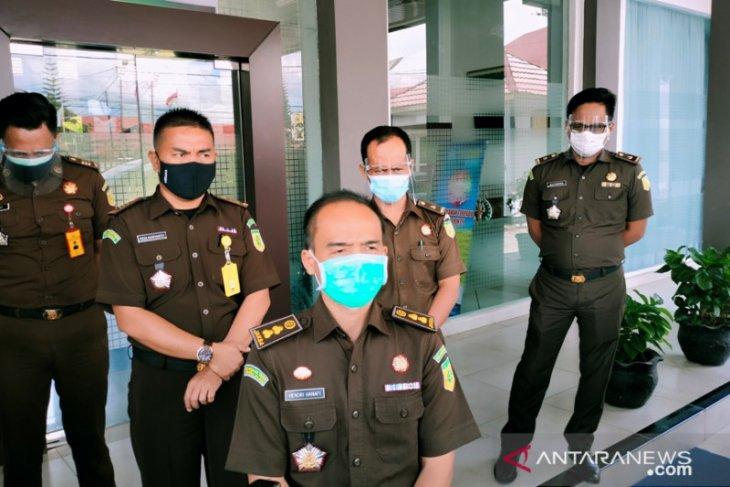 Staf terkonfirmasi COVID-19, Kejari Rejang Lebong tutup