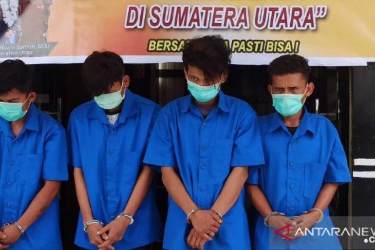 4 pemuda ditangkap dan jadi tersangka  kasus rudapaksa
