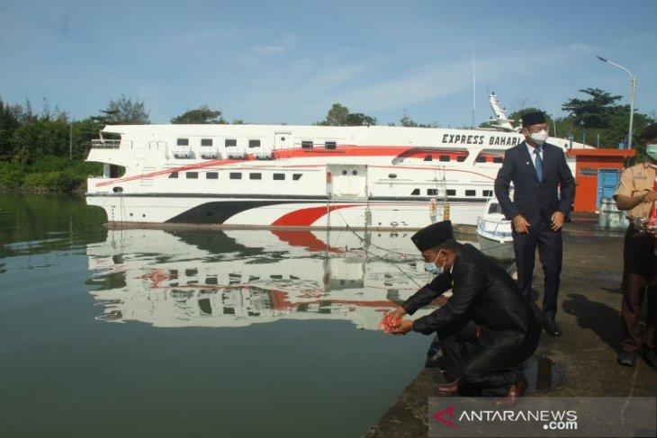 Ketua DPRD Belitung sebut tenaga medis sebagai pahlawan kemanusiaan
