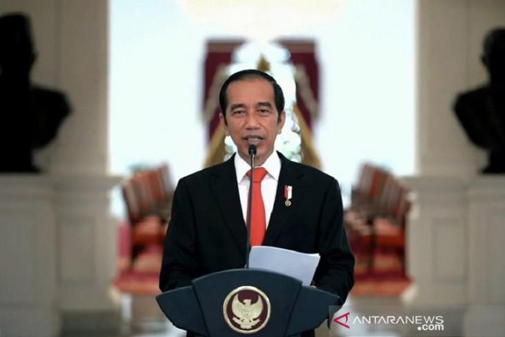 Peraturan menteri dan kepala lembaga harus atas persetujuan presiden