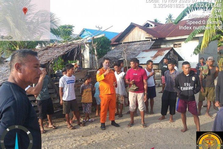 Tim SAR Namlea belum temukan dua warga tenggelam di laut Seram