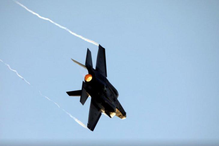 Israel membalas setelah rudal Suriah mendarat  di dekat reaktor nuklir