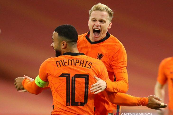 Gol Van de Beek menyelamatkan Belanda dari kekalahan atas Spanyol