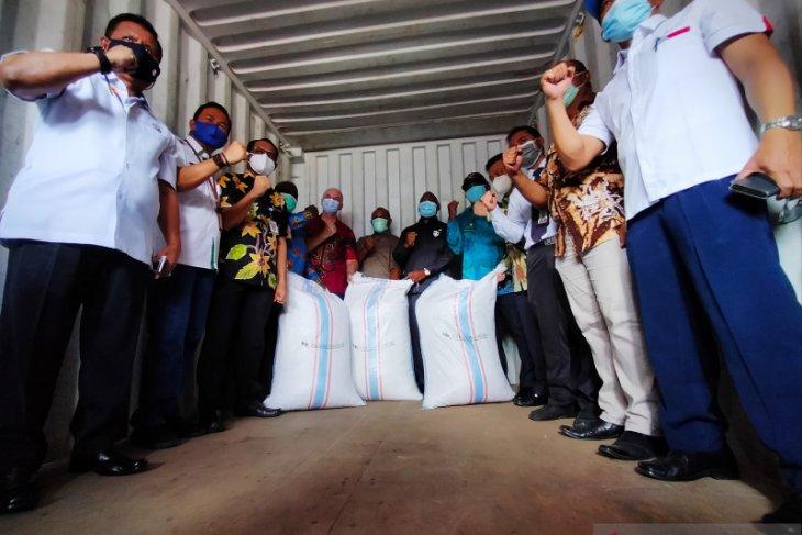 Manokwari Selatan kembali kirim 12 ton biji kakao ke Surabaya