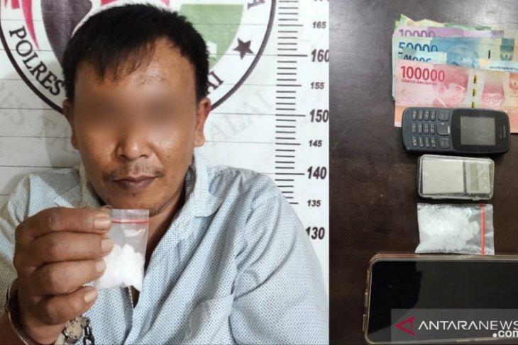 Emi pemilik 9,83 gram sabu diamankan Satres Narkoba Polres Tanjungbalai