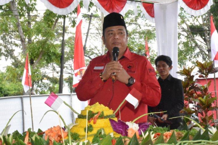 Lasarus sebut PDIP besar dari tokoh-tokoh Kapuas Hulu
