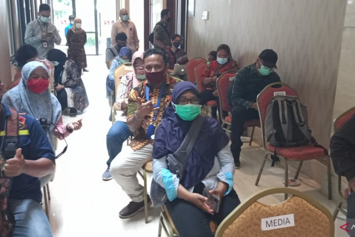 Wartawan wajib tes usap COVID-19 untuk liput kunjungan menteri