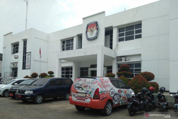 KPU Karawang terapkan protokol kesehatan pada proses pemungutan suara