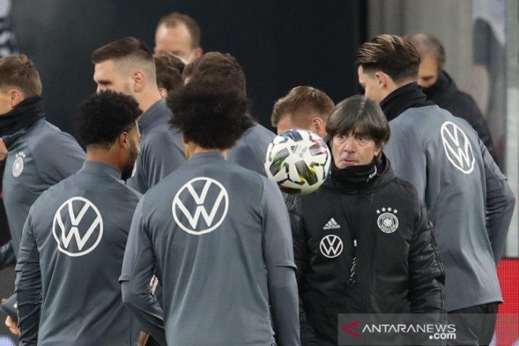 Pelatih Jerman: Sane, Gnabry dan Werner turun sejak awal lawan Ukraina