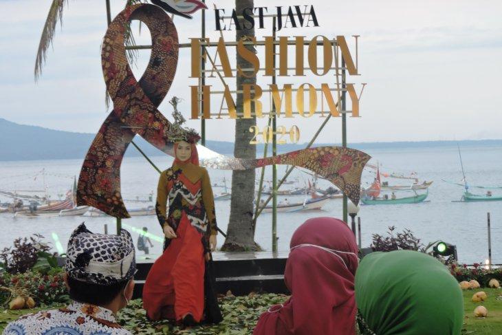 Pemprov Jatim pilih Pantai Solong Banyuwangi gelar East Java Fashion Harmony 2020