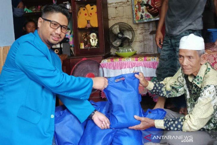 KNPI Banjarmasin Peduli salurkan 5.000 paket sembako
