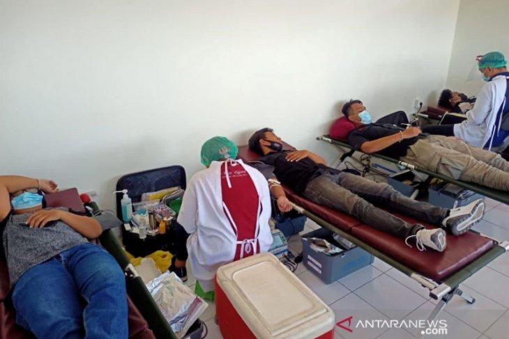 Milenial Denpasar rayakan Hari Pahlawan dengan aksi donor darah