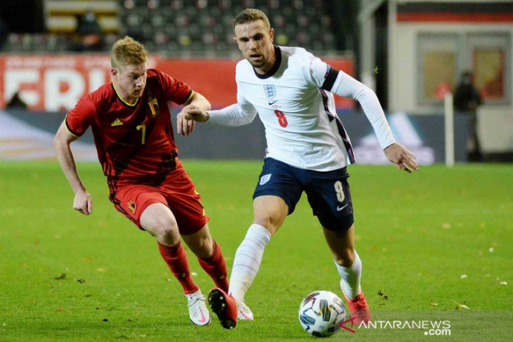 Jordan Henderson dan Sterling bakal absen saat Inggris hadapi Islandia
